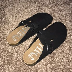 *NEVER WORN* Mad Love Microsuede Clogs